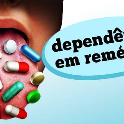 Quais são os problemas da automedicação? E o abuso de medicamentos? Quais os mais populares? Descubra hoje quais os efeitos causados em pessoas que acabam viciadas em remédios.